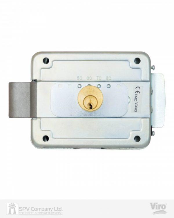 Фото 5 - Замок электромеханический VIRO V9083.0794P BS50/80мм T1/T2 12VAC NC CYL 3KEY GATE накладной, с кнопкой SS открывание внутрь.
